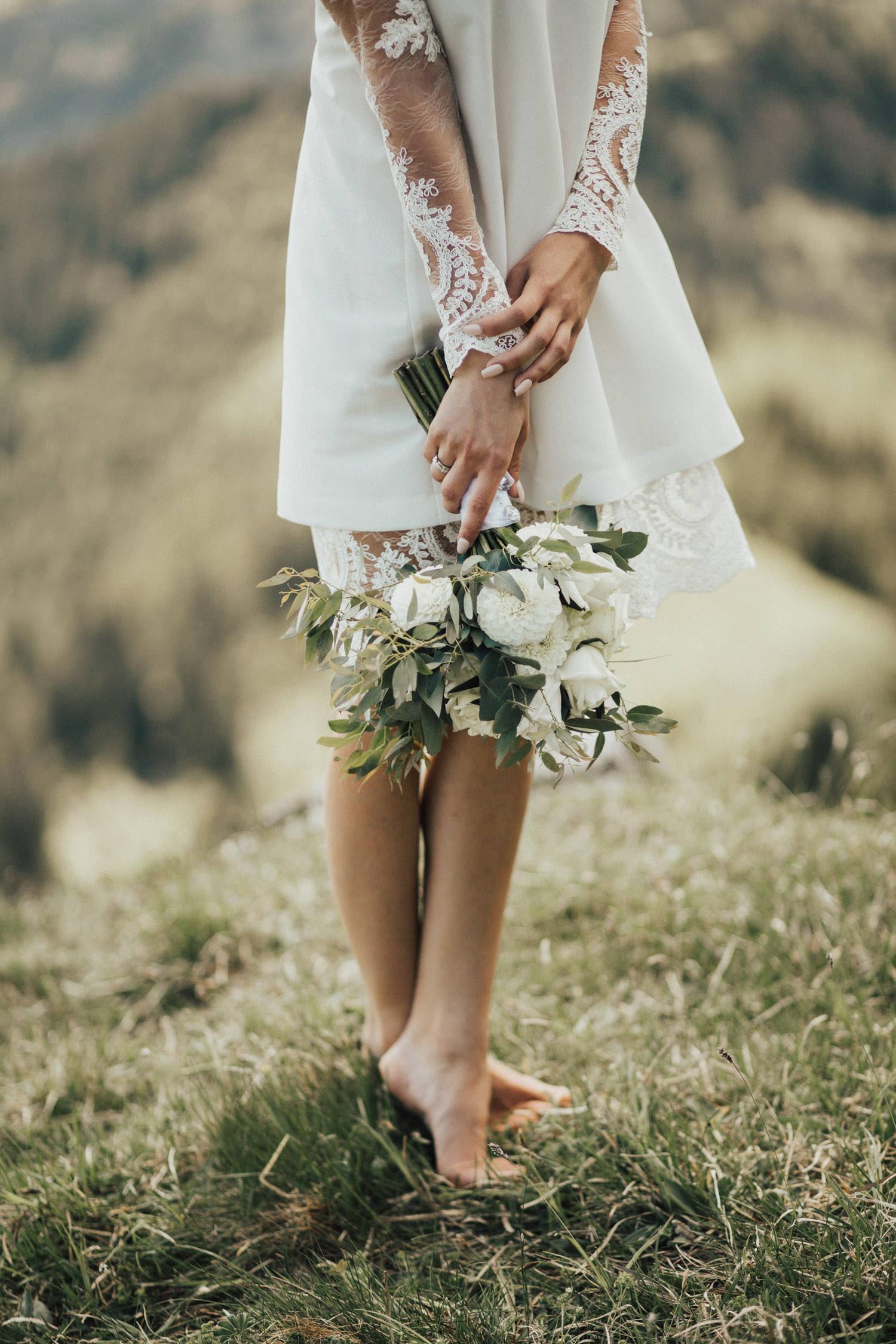 grün-weißer Brautstrauß
