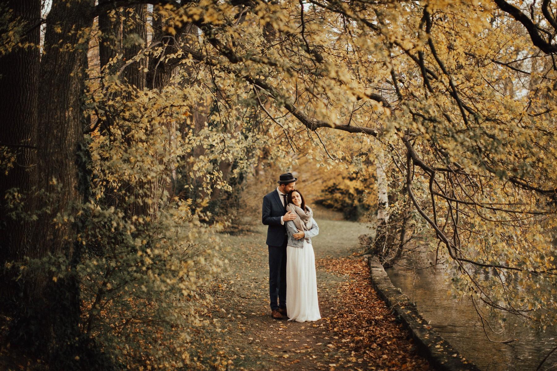 Traunsee Herbst und Hochzeitspaar