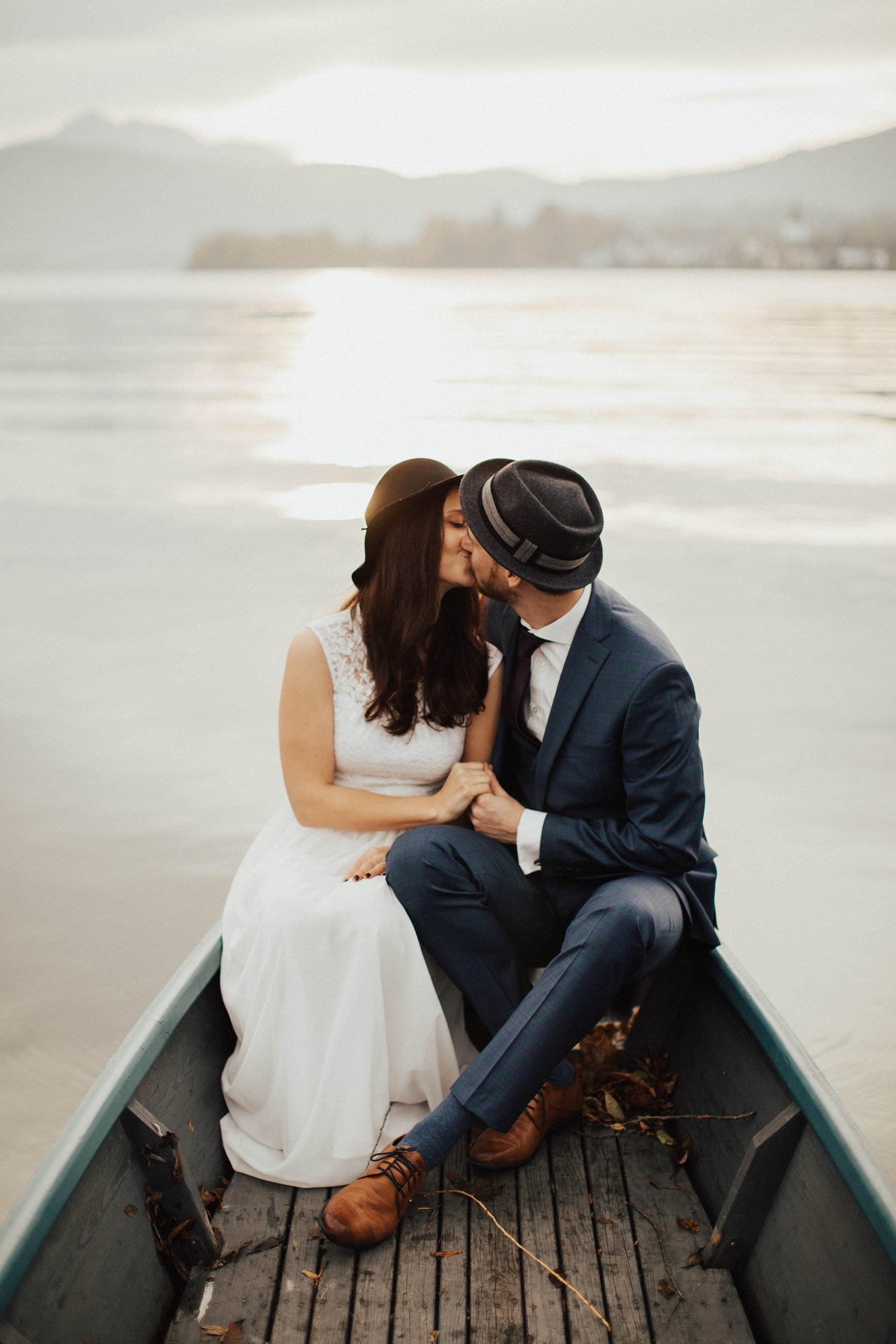 der Traunsee als Hochzeitslocation am Boot